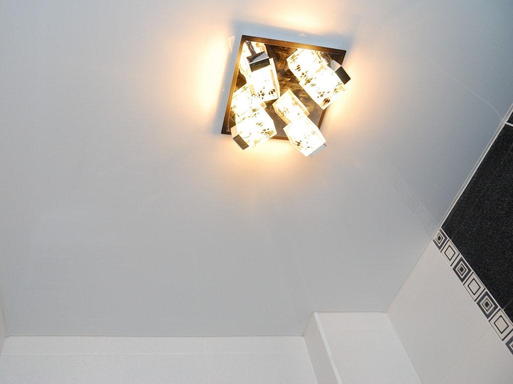 Сатиновый натяжной потолок фото Ремонтофф. Ремонт и отделка квартир под ключ.